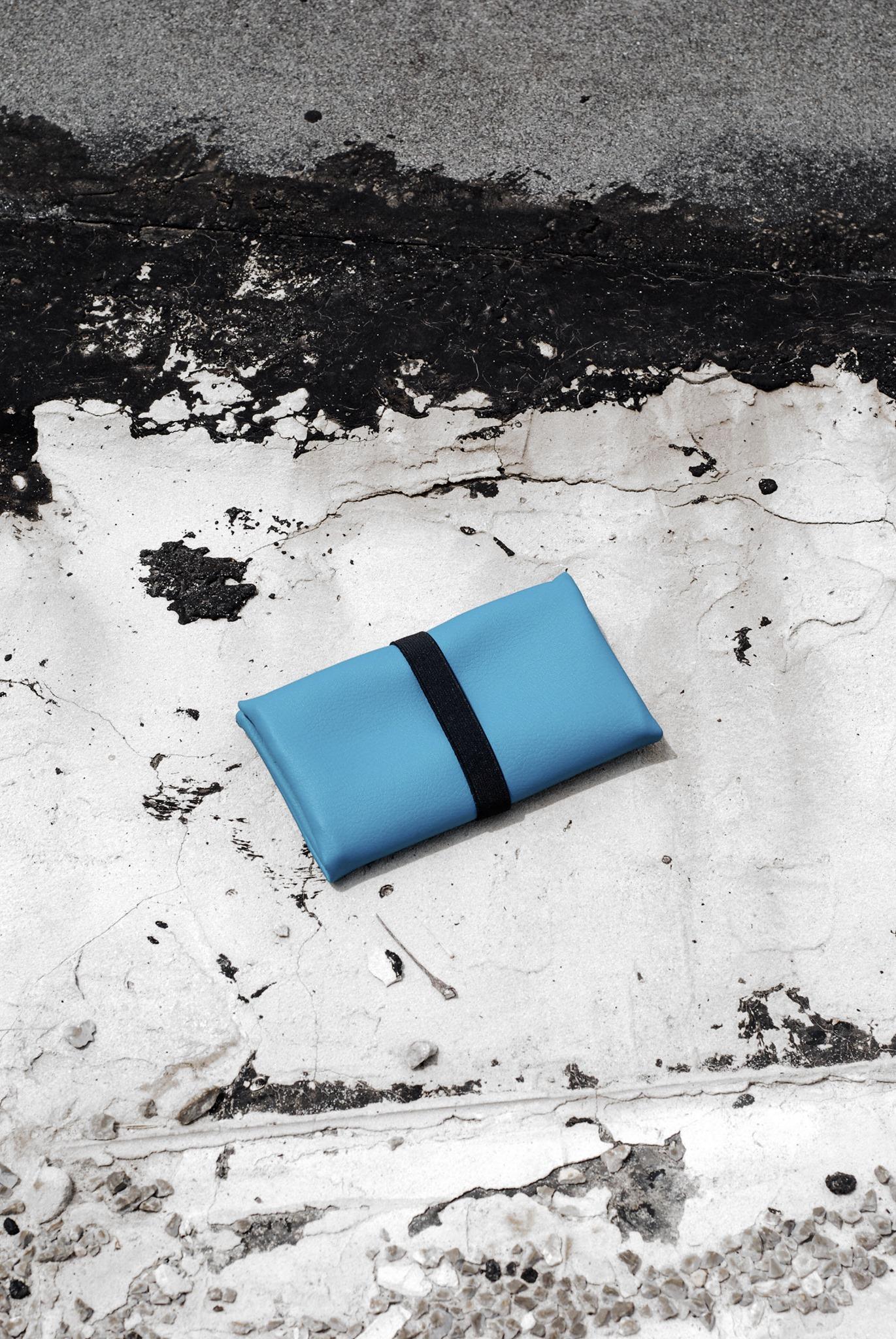 GREI tobacco pouch blue