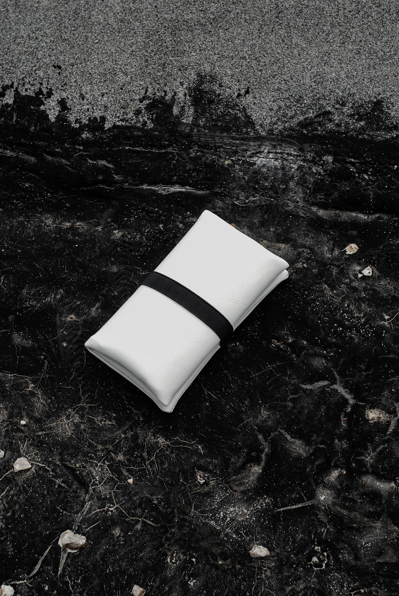 GREI tobacco pouch white