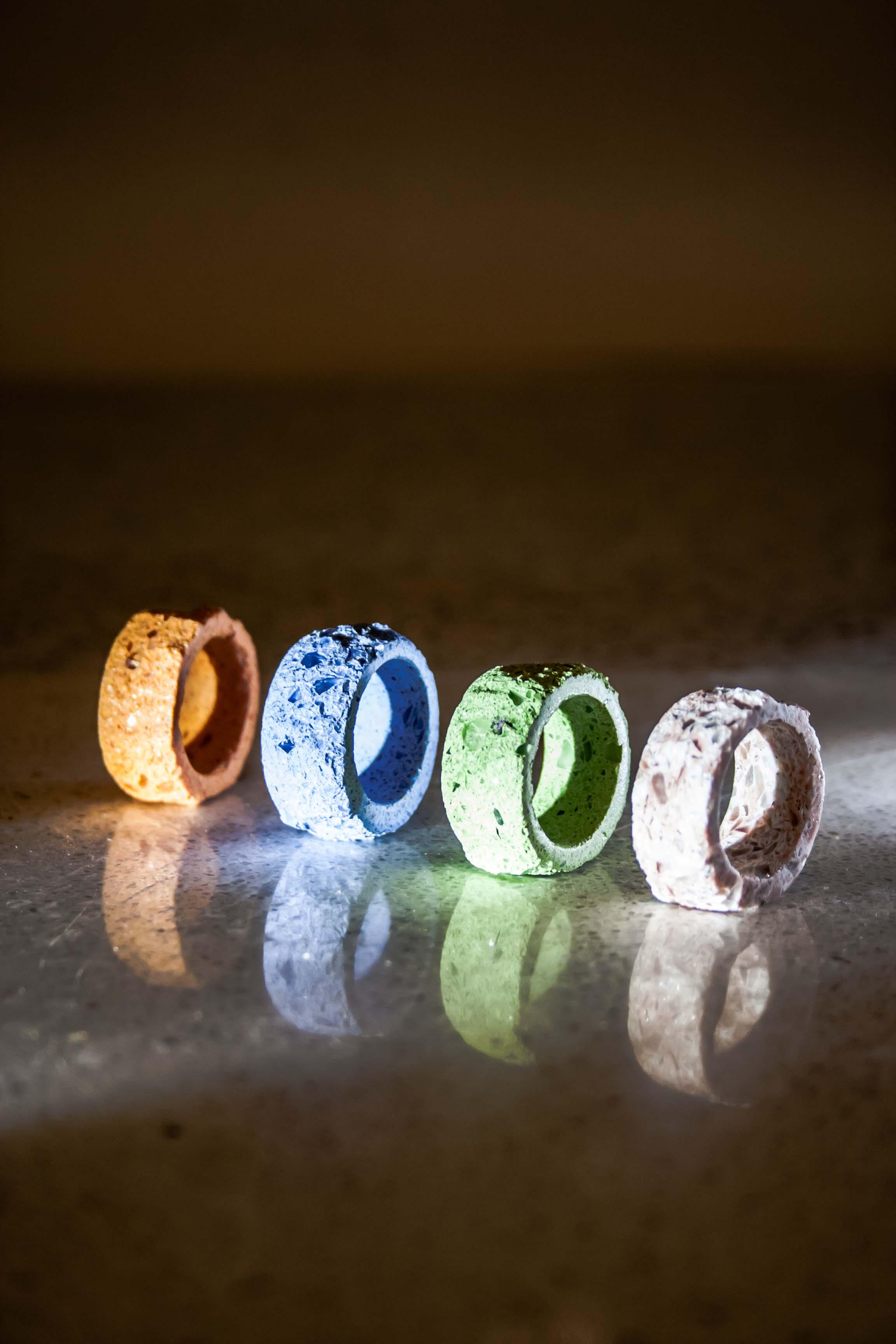 Quartz composite raw stone ring LapisNox