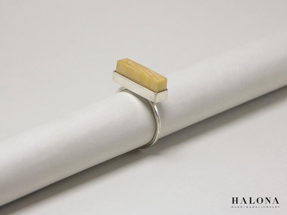 Handmade modern Halona